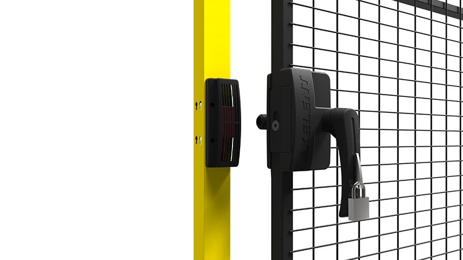 x guard hitch lock. Black Bedroom Furniture Sets. Home Design Ideas